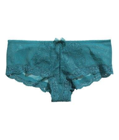 Из за чего запретили кружевное белье магазин нижнего белья в донецке женский