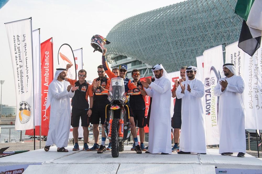 Сэм Сандерленд выиграл ралли Абу-Даби 2019