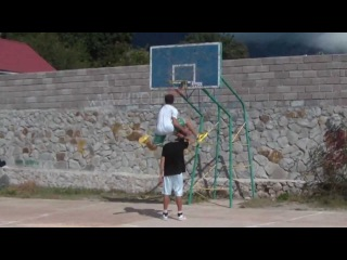 "5'9"" Kroha 18 years old : dunk contest : dubble up dunk"