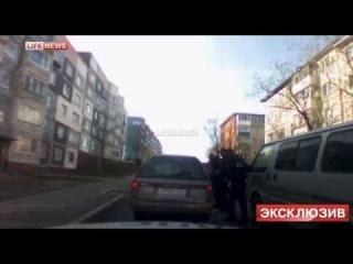 Лихач разбил несколько полицейских авто, устроив погоню со стрельбой