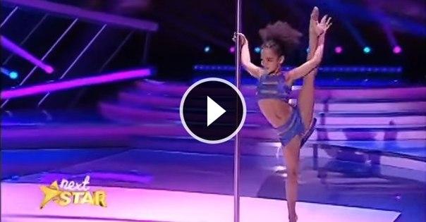 8-летняя гимнастка вышла на сцену и лишила судей дара речи: ↪ Вот это гибкость!!