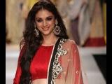 Aditi Rao Hydari Walks the Ramp at Lakme Fashion Week for Payal Singhal