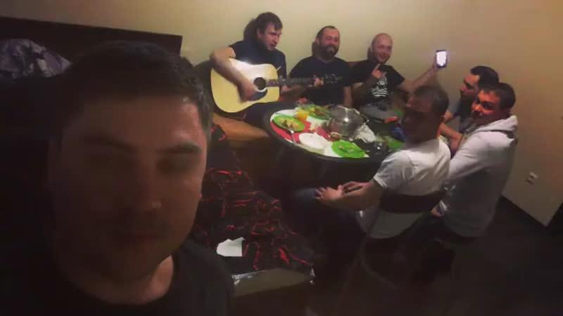Артем Муратов Личное видео из Instagram 08.05.2016