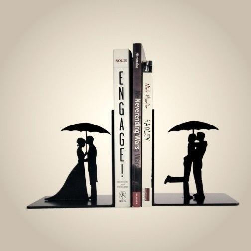Подставка для книг -