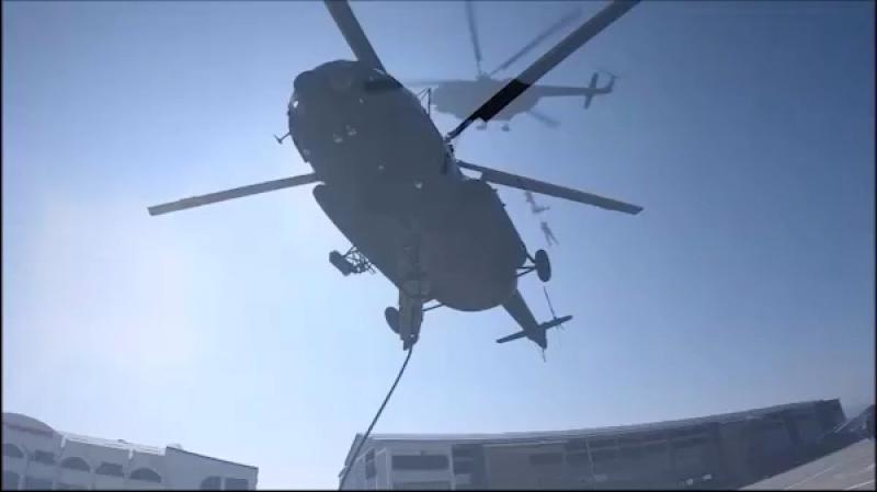 Учебные тренировки Авиационного отряда специального назначения по действиям в случае возникновения ЧС