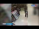 Девушка с ножом ограбила магазин парфюмерии в Уфе