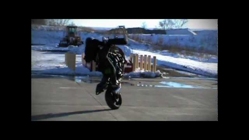RJ Shrimpton - Omaha winter stunt riding session
