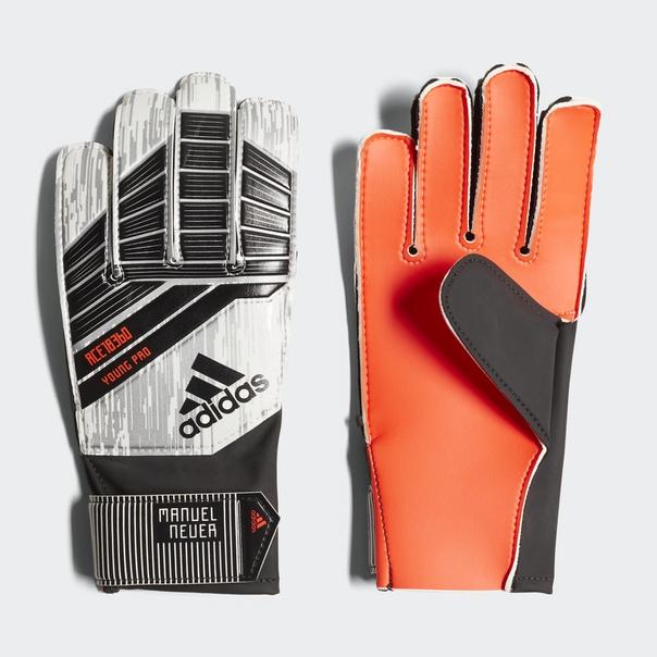 Вратарские перчатки Predator Young Pro Manuel Neuer