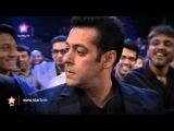 Salman Khan walks out of the STAR Box Office India Awards!