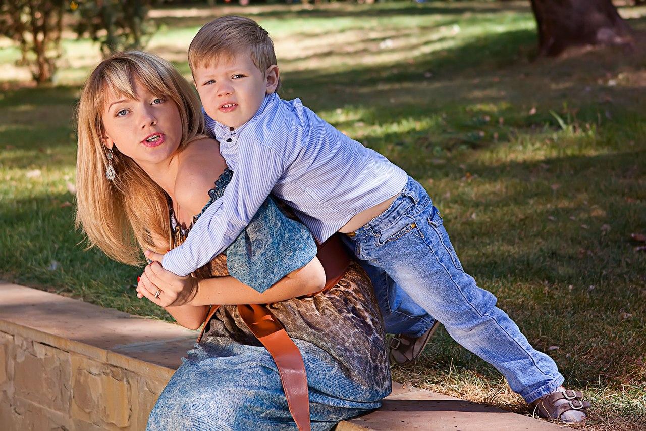 Сын и мама близость 1 фотография
