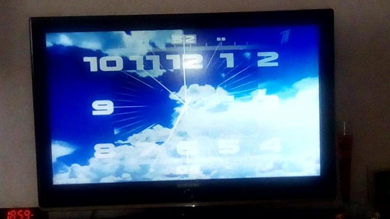 Часы Первого канала 2011 н.в. 19:00