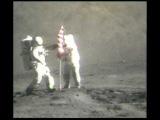 Апполон 17 на Луне. Флаг.