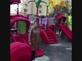 В Усть-Каменогорске казашка прогнала женщину с ребёнком с детской площадки