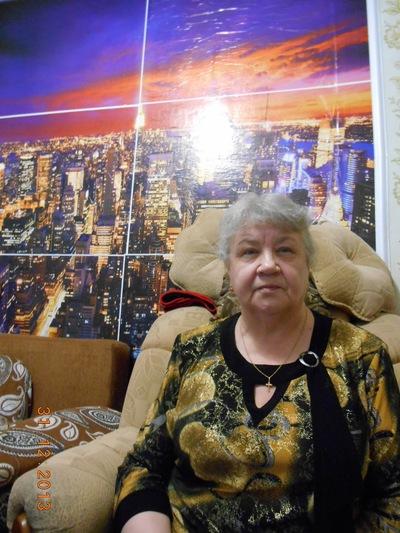Нина Безукладникова