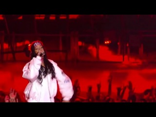 Eminem Rihanna - The Monster (Official) - Live MTV Movie Awards 2014 (HD)