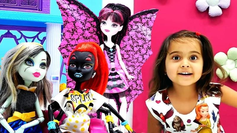 Monster High oyuncak bebeklerin özelliklerini öğren | Maşanın oyuncakları