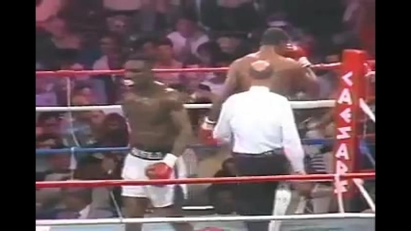 Эвандер Холифилд vs Карлос Де Леон (полный бой) [9.04.1988]