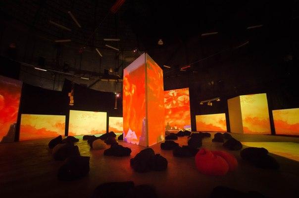 """Киноночи в """"Люмьер-холле"""" в уникальном креативном газгольдере!"""