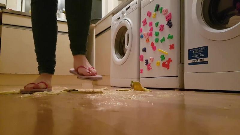 Flip Flop Banana Fruit Crush