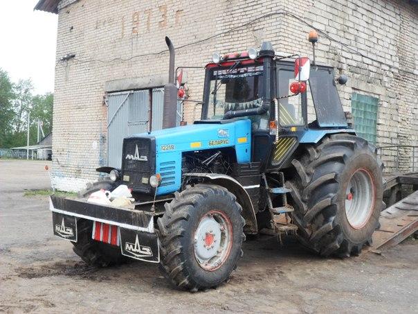 Трактор беларус 2022 2010 года