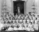 Последний выпуск воспитанниц Смольного института благородных девиц, 1917 год.
