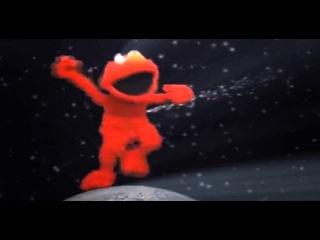 Elmo Dancing To Waka Fraka Frame