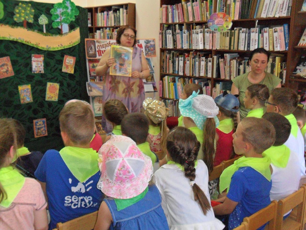 отдел искусств, Донецкая республиканская библиотека для детей, лето в библиотеке, работа с пришкольными лагерями, кукольный спектакль, сказки пушкина