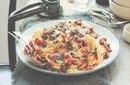 Подборка блюд из макарон, в которых главная роль отведена бекону
