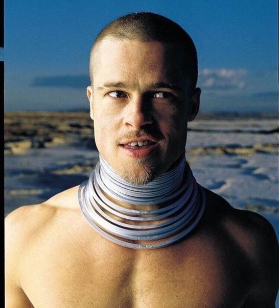 Брэд Питт для журнала Rolling Stone (1999) Самая необычная фотосессия с участием Брэда Питта была снята фотографом Марком Селиджером в 1999 году для октябрьского номера журнала Rolling Stone.