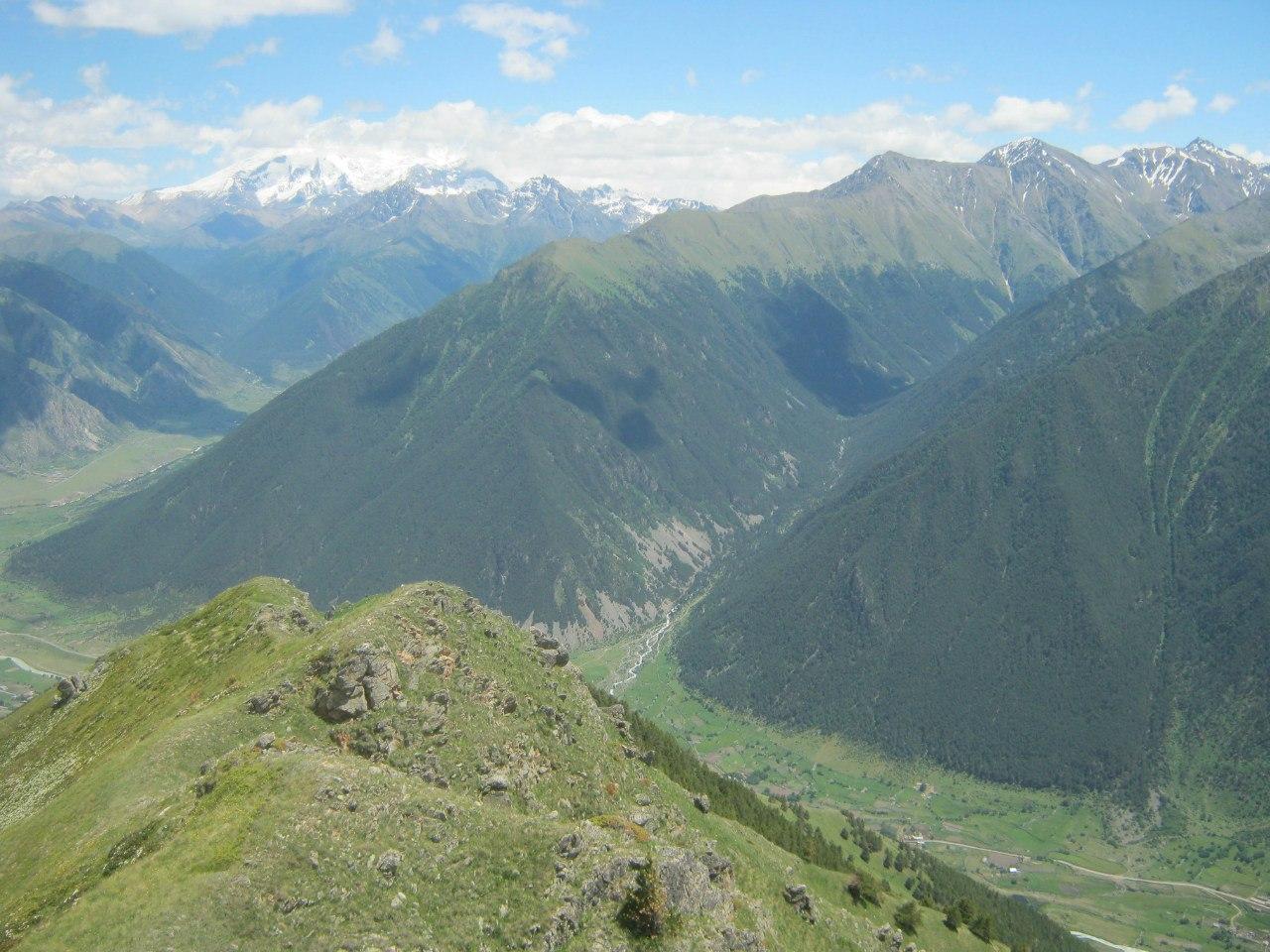 Вид с перевала Ибчик