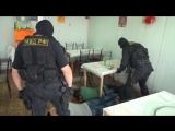 СПЕЦНАЗ МВД зашёл в гости к мошенникам оперативная съёмка