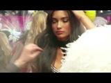 Victorias Secret Fashion Show - Angels Backstage: Alessandra and Adriana