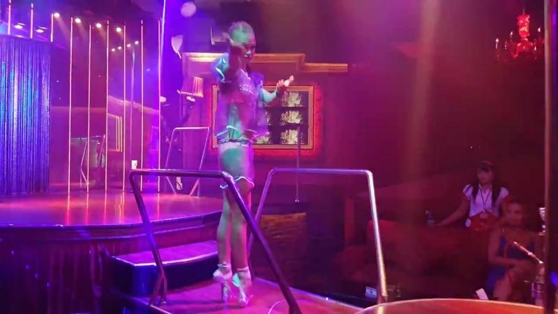 Katrin на пуантах Барби настоящая балерина МЫ УМЕЕМ УДИВЛЯТЬ