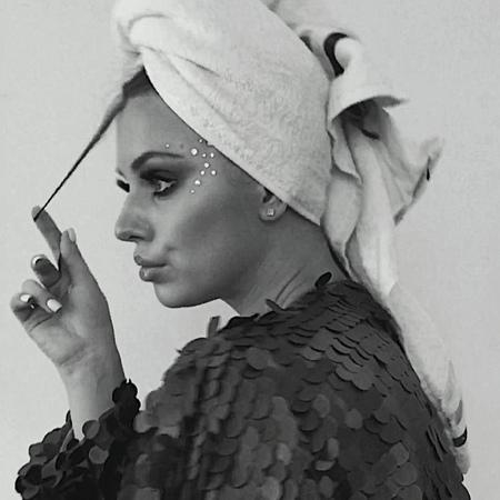 "Артёмова🧸 on Instagram: ""Ещё та актрисуля ♣️ gn артемова beautiful russia girls face moscow woman makeup makeupartist mood fashion"""