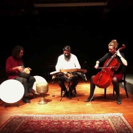 "Katharina Hoffmann on Instagram: ""Floating tones - sound travel on our last concert with Reza Samani ❤ celsant @reza_samani_56 concert altespfan..."