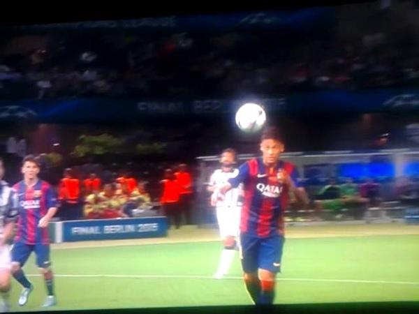 Gol Anulado De Neymar Final Juve vs Barca