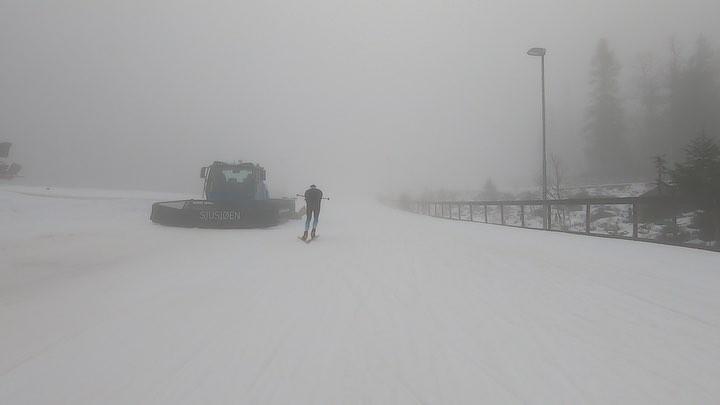 "Ski Chrono on Instagram: ""Quand @martinfourcade rentre dans le stade de sjusjoen, ça donne ça biathlon FFS"""