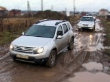 Duster и ШНива едут в грязь