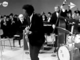 Chuck Berry - Johnny B. Good - 1965's live rec