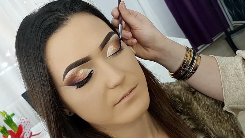 Pencil and Eyeliner Gel Makeup Technique