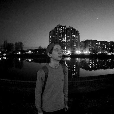 Александр Батенёв