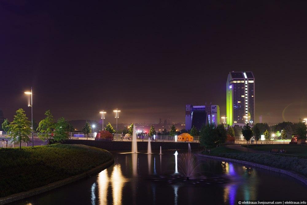 Вечер в парке и Донбасс арены и гостиницы Виктория