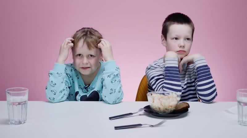 Дети пробуют еду из СССР 2