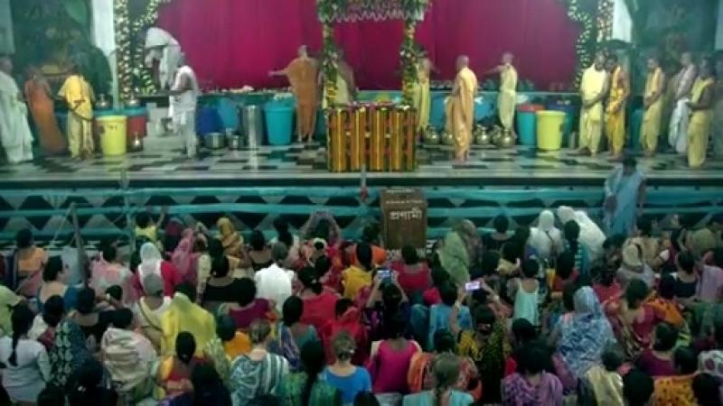 Шри Кришна Джанмаштами Абхишека 3 сентября 2018 г Маяпур