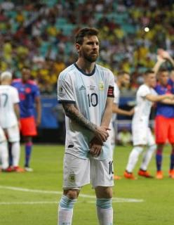Бразилия — Венесуэла, Аргентина — Парагвай, Колумбия — Катар: прогнозы на матчи Кубка Америки