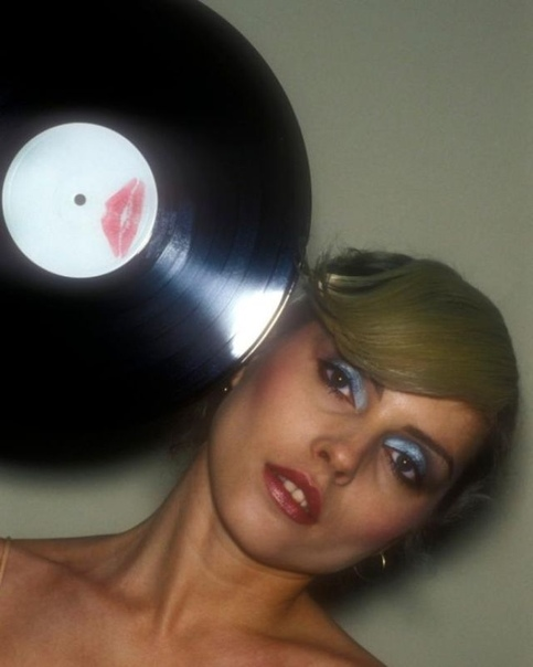 Подборка портретов американской певицы и актрисы Дебби Харри, 1978 г.