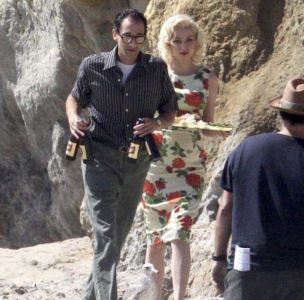 Ана де Армас и Эдриан Броуди на съемках байопика о Мэрилин Монро «Блондинка»
