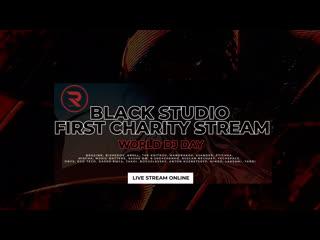 R_sound black studio   first charity stream