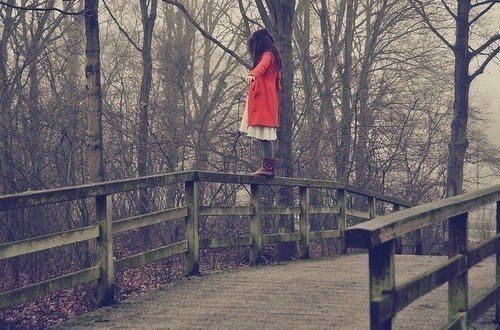 Очень грустные фото девушек на аву