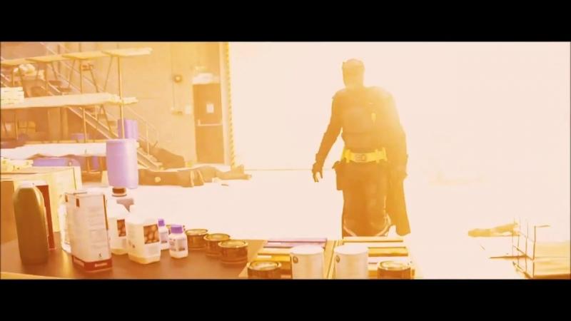 """Мощный момент из фильма """"Пипец"""" ⁄ Отец Убивашки. """"Что это за гад؟"""" (хорошее настроение, комедия, смешное, круто, боец, бой)."""